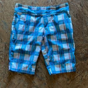Super cute Roxy Shorts size 7🥰